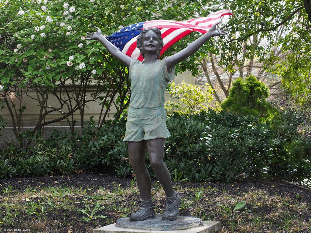 Sculpture commemorating the career of former Mayor Tish Columbi