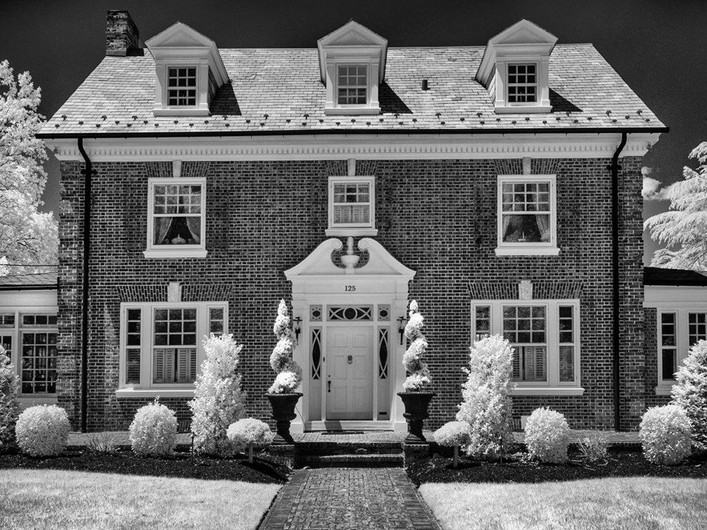 A Georgian style house in Haddonfield, NJ